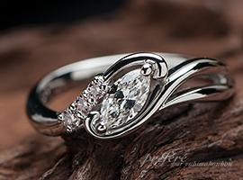 マーキスダイヤとピンクダイヤの婚約指輪はオーダーメイド