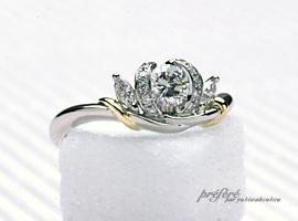チューリップのようなお花のイメージで、ダイヤのオーダーメイドのエンゲージリング(婚約指輪)が出来ました。(指輪No.152)