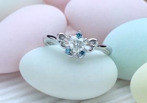 優しく指にとまる蝶々の婚約指輪をオーダーメイド(指輪No.27)