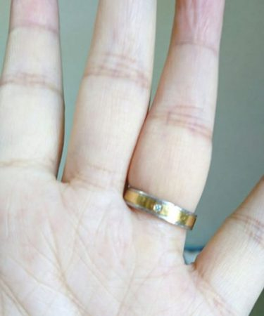 結婚指輪が抜けない