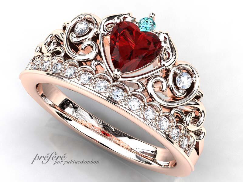 ネコモチーフのティアラ型婚約指輪