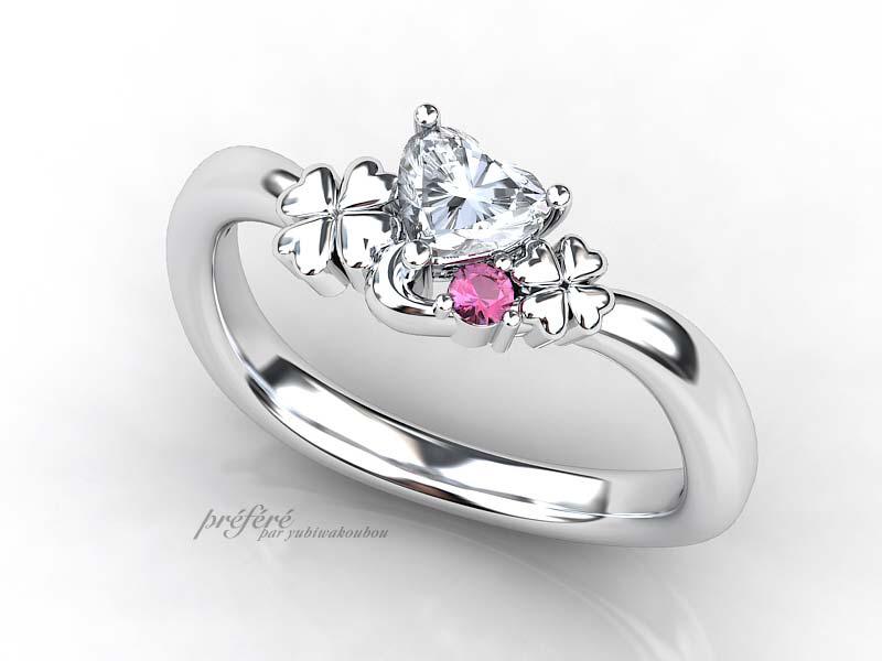 大小2つの四つ葉のクローバーモチーフの婚約指輪オーダー