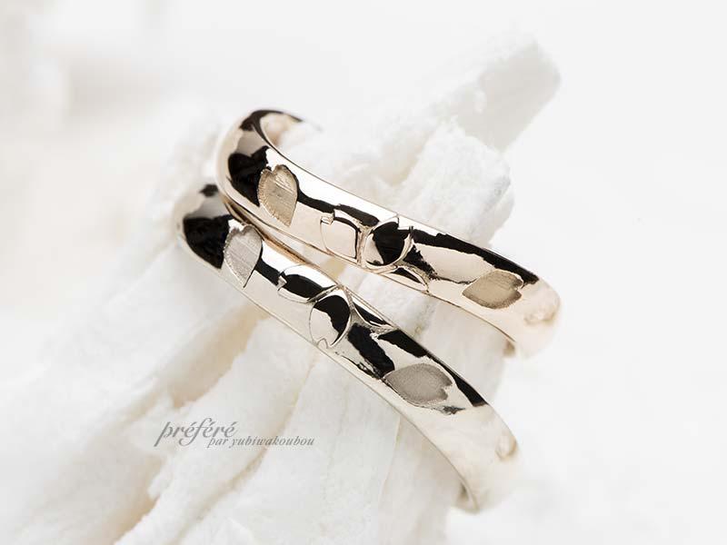 桜の花モチーフの結婚指輪