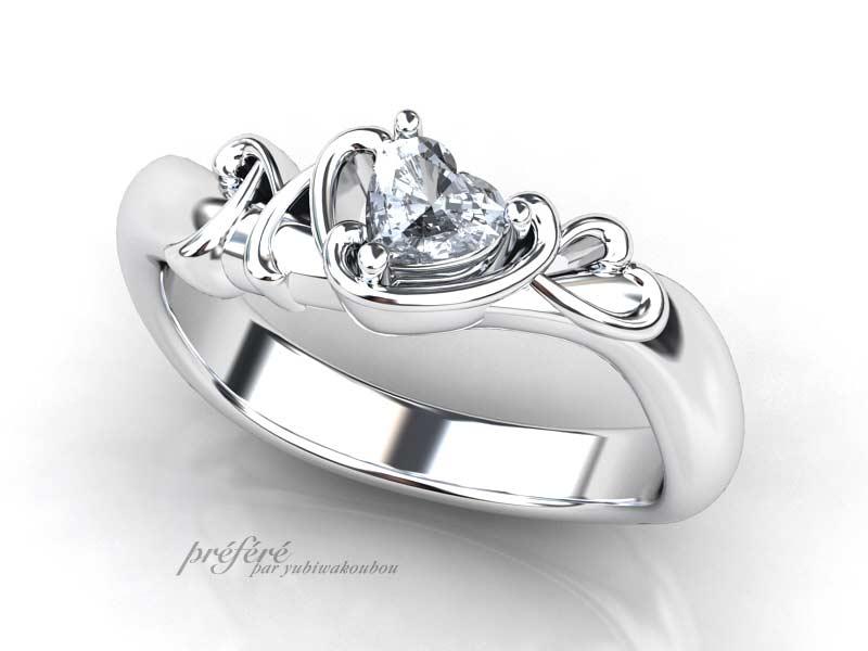 婚約指輪オーダーでハートダイヤと二人のイニシャル