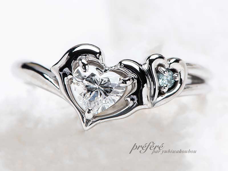 プロポーズリングはイルカとイニシャルモチーフのオリジナル婚約指輪