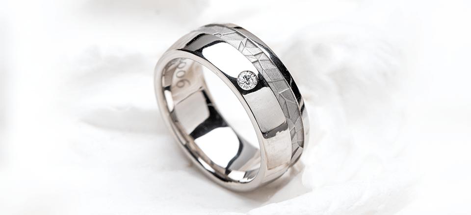 完成した指輪の画像