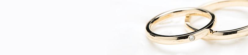 イエローゴールドの結婚指輪の画像