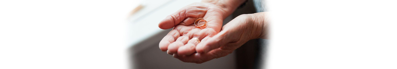 形見の指輪の画像