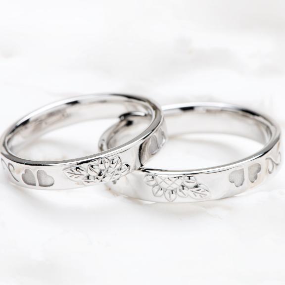 ペアの指輪