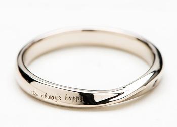 K18 シャンパンゴールドの指輪の画像