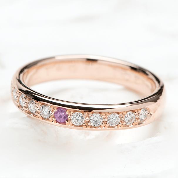ダイヤモンドを入れた結婚10周年の指輪
