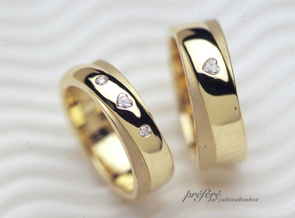 ハートダイヤを埋め込んだ二連タイプ形状のオーダーメイド結婚指輪(マリッジリング)(指輪No.436)