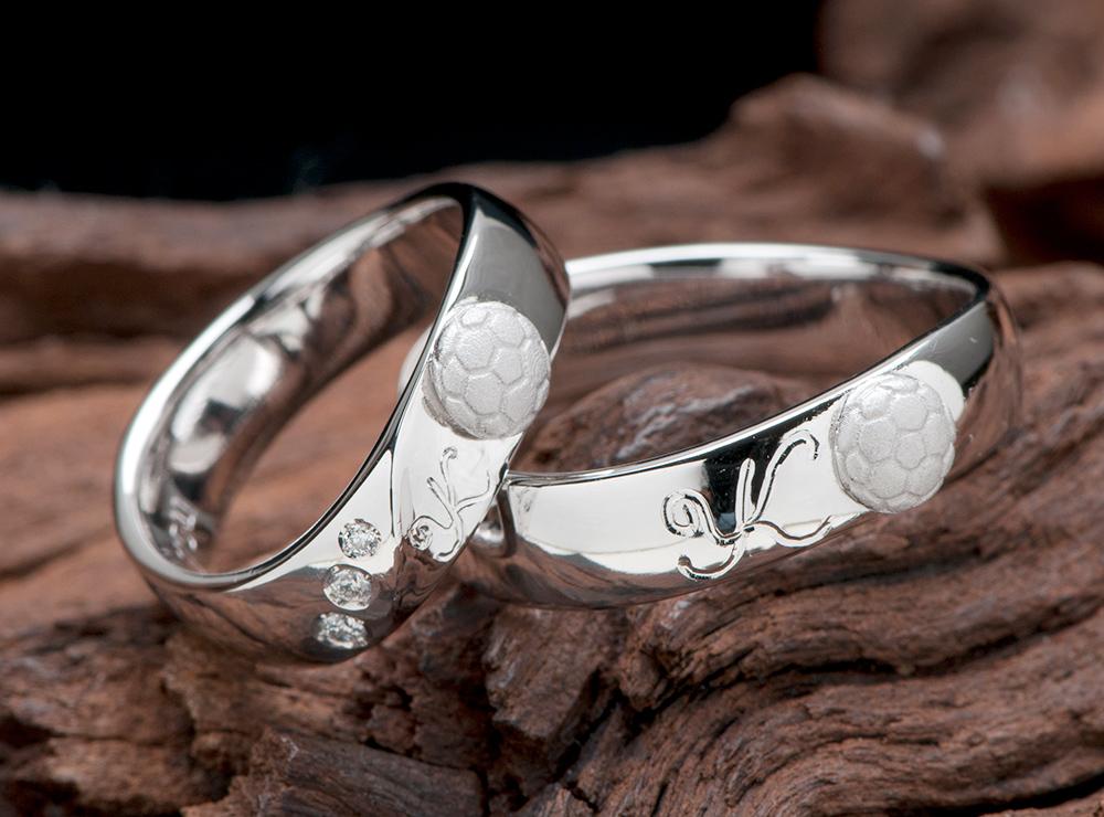 サッカーボールモチーフ 結婚指輪オーダー
