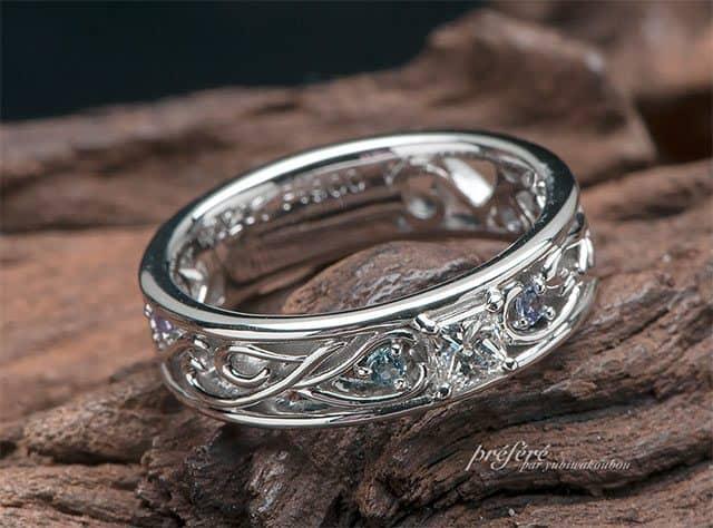 プリンセスダイヤとイニシャルにお誕生石を留めたスイートテンリング(指輪No.6883)