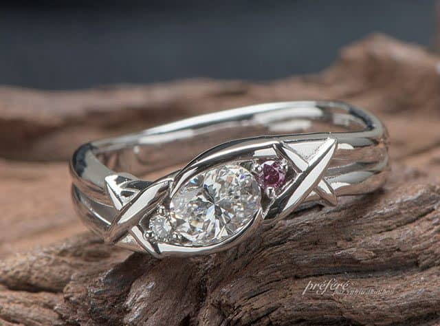 オーバルダイヤ 飛行機をモチーフに婚約指輪はオーダーメイド(指輪No.7293)