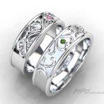 イニシャルと四つ葉のクローバーをデザインした結婚指輪はオーダー