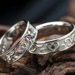 四つ葉のクローバーの結婚指輪はオーダー