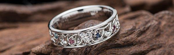 結婚記念指輪の写真