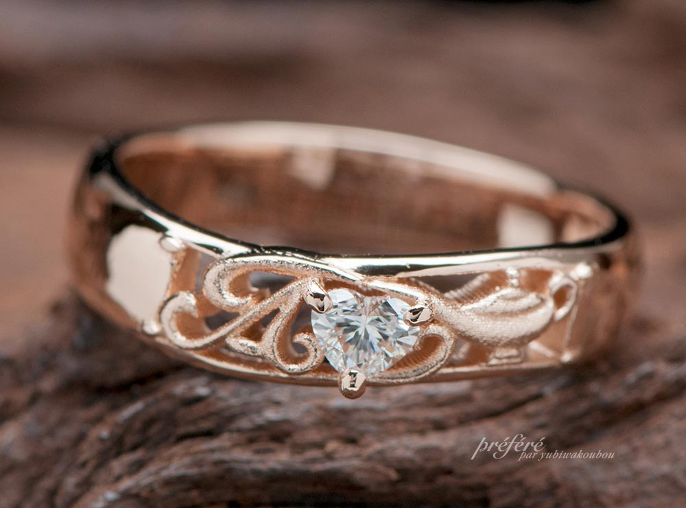 アラジンモチーフの婚約指輪