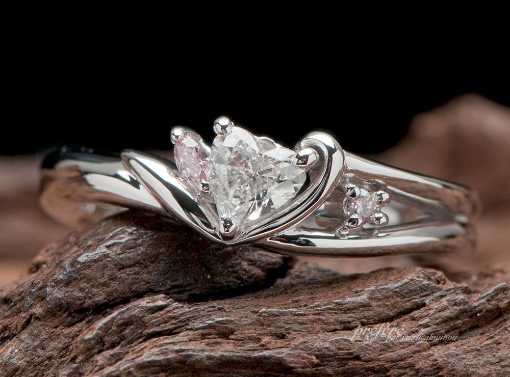 ハートダイヤの婚約指輪オーダー