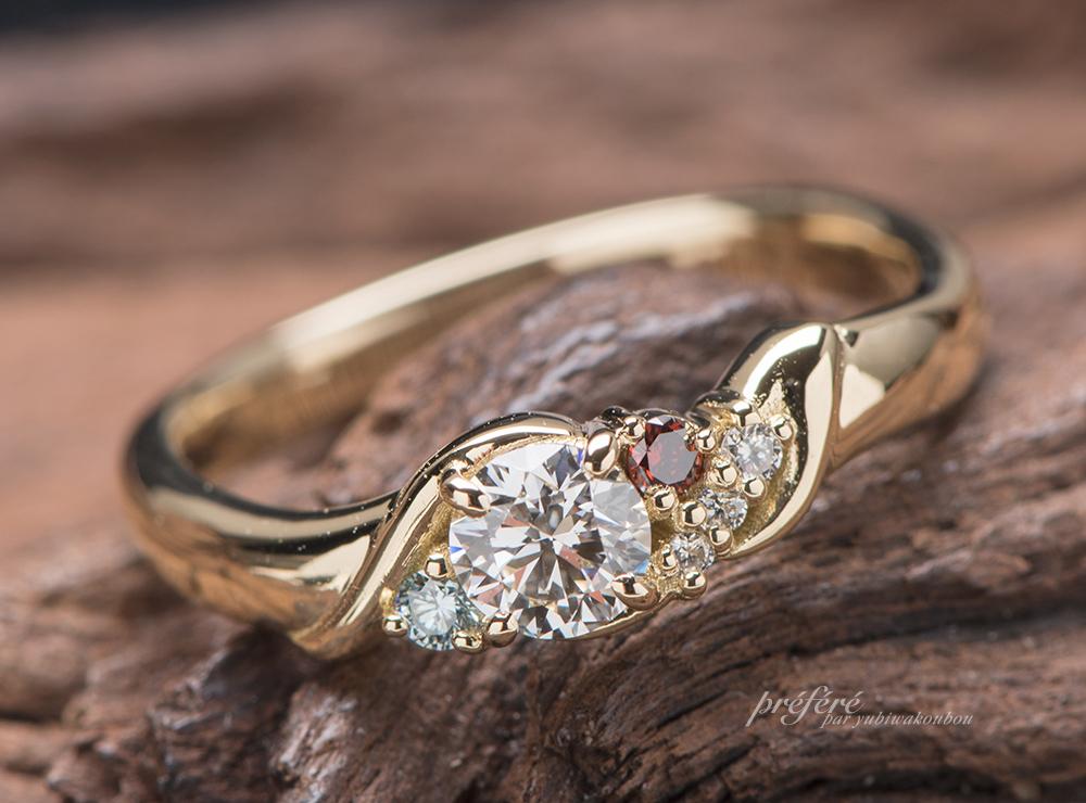 婚約指輪はK18ゴールド素材、音符デザインでオーダーメイド