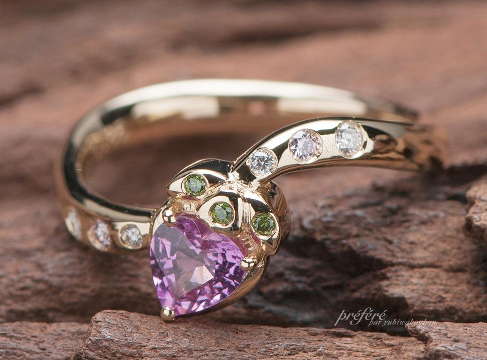 ピンクサファイアの婚約指輪はイチゴモチーフでオーダーメイド(指輪No.11578)