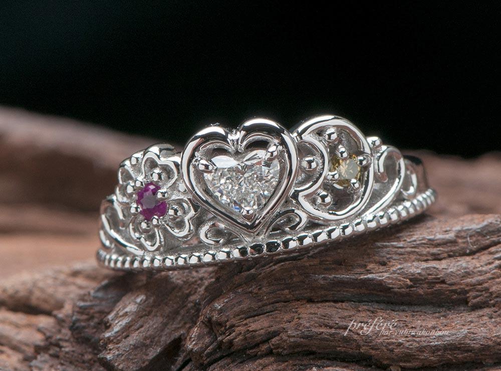 四つ葉と三日月のティアラ型婚約指輪をオーダーメイド