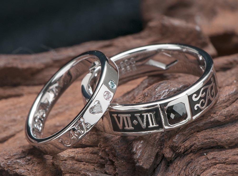ハートダイヤとローマ数字とブラックの結婚指輪オーダー