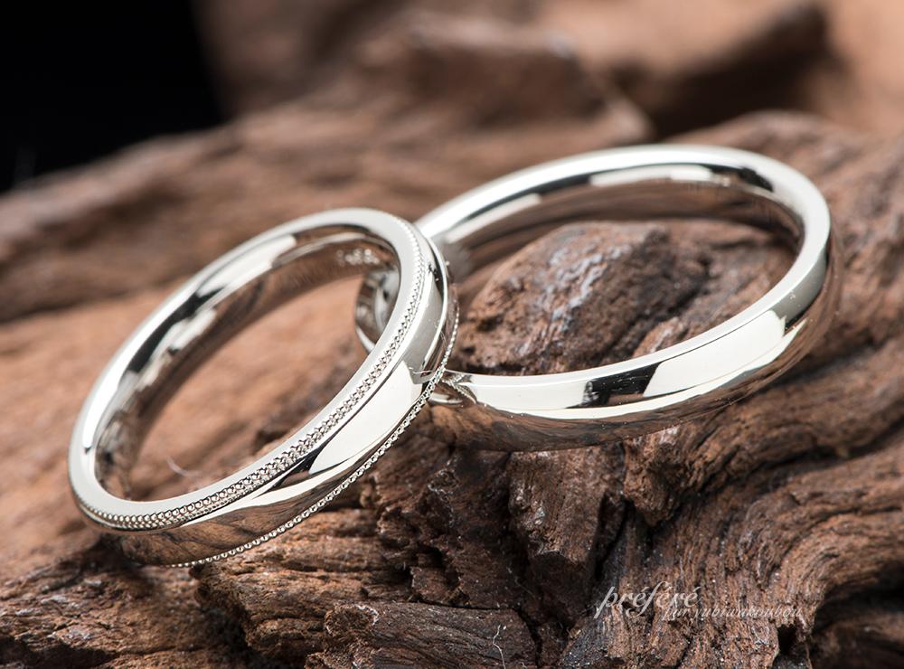 エレガントなミル打ちを入れたシンプルな結婚指輪