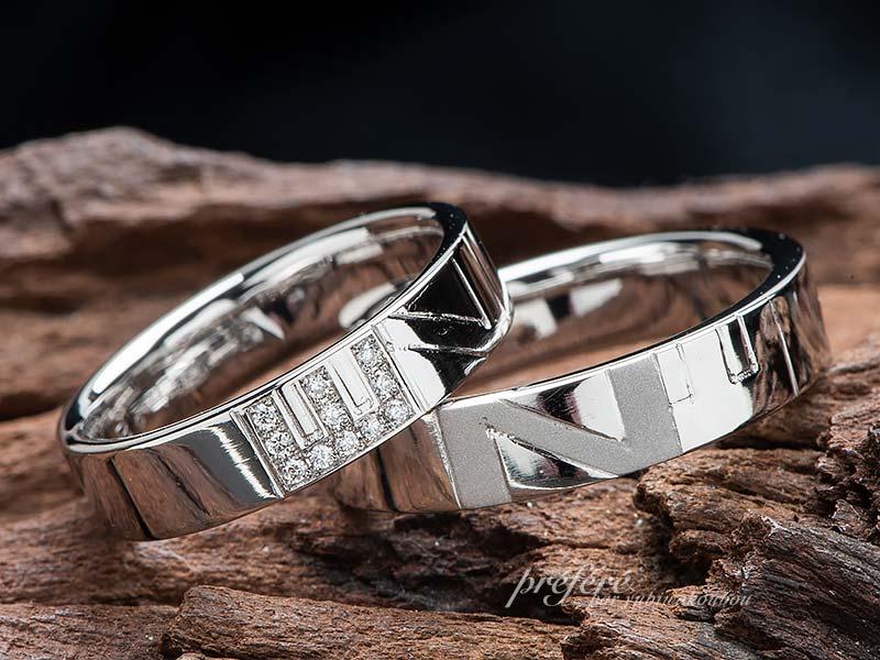 イニシャルにダイヤを留めた結婚指輪