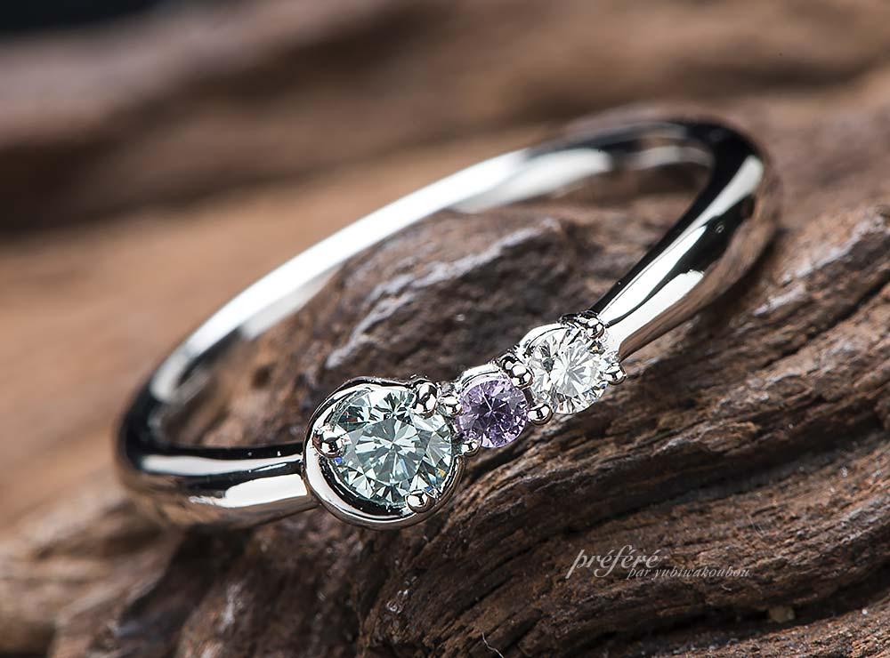 三日月モチーフの婚約指輪