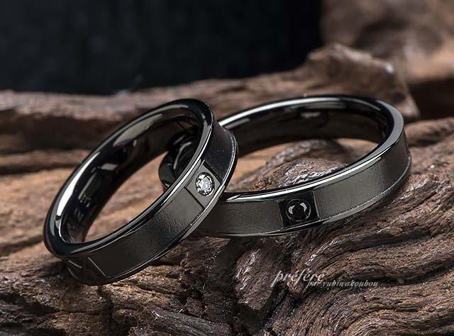 結婚指輪はシンプルデザインのブラックリングのオーダーメイド