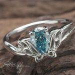 トライバル蝶モチーフの婚約指輪はオーダー