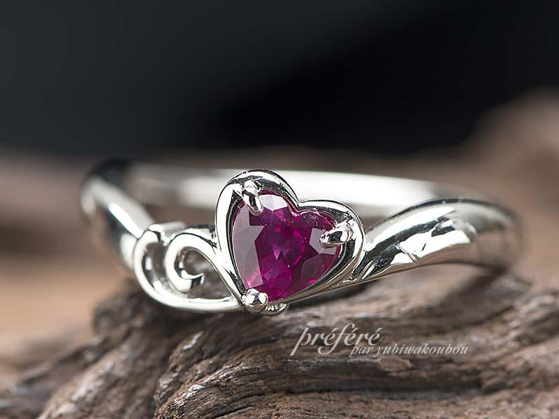 ハートルビーの婚約指輪オーダー