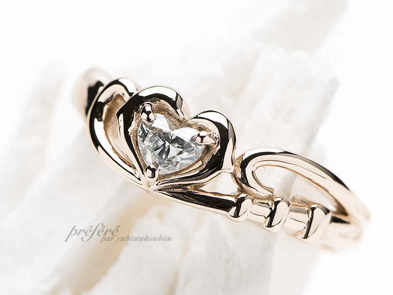 イルカとトランペットの婚約指輪
