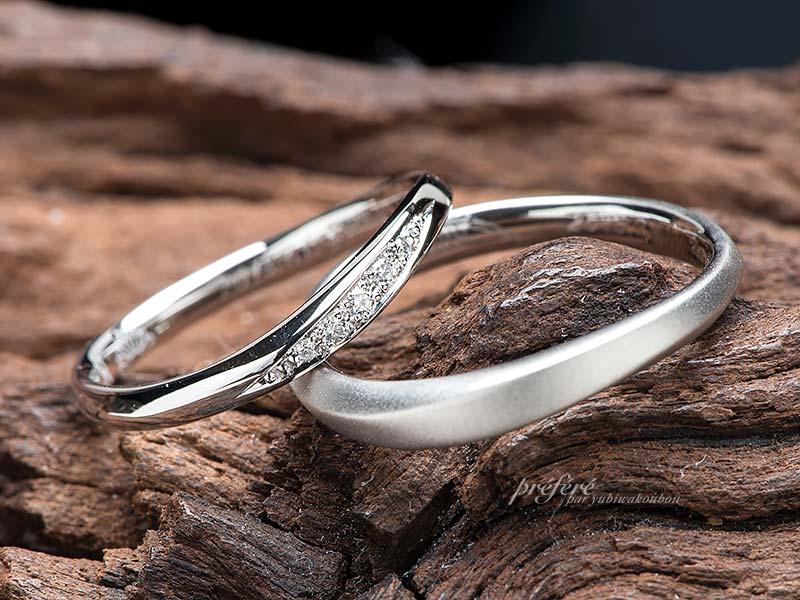 誕生花を入れた結婚指輪