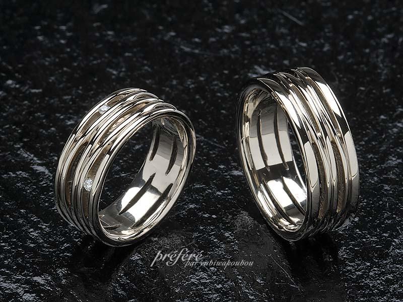 幅広の透かしの結婚指輪オーダー