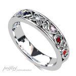 結婚10周年の指輪は家族のイニシャルに誕生石を入れたオーダーメイド