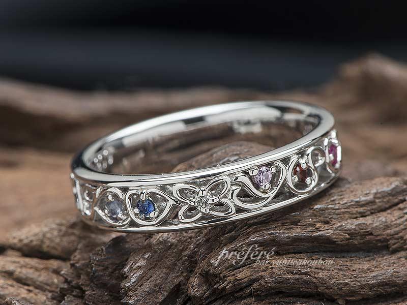 結婚10周年の指輪は家族のイニシャルに誕生石を入れたオーダーメイド(指輪NO13616)