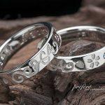桜にブルーダイヤとピンクダイヤを入れた結婚指輪はオーダーメイド