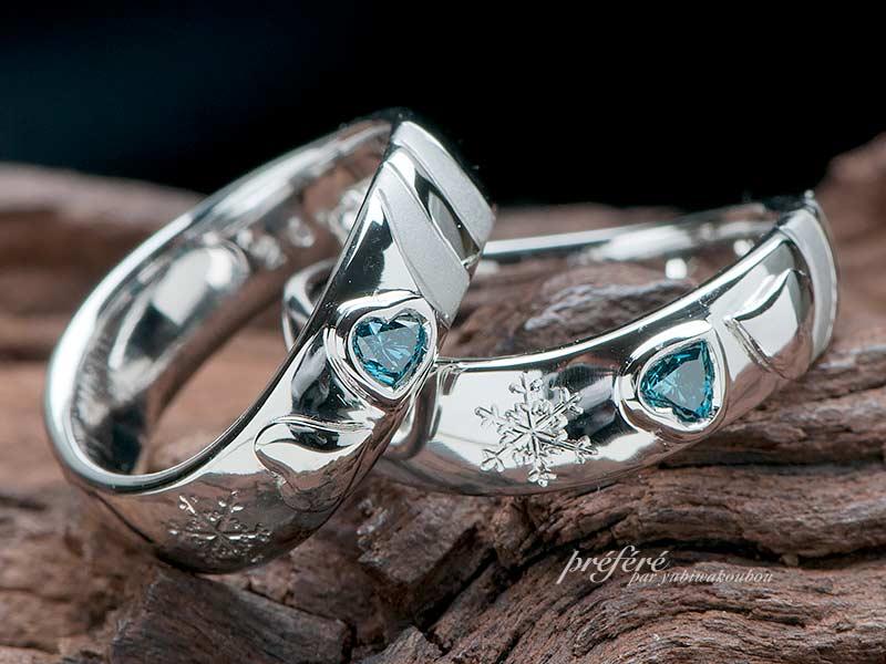ハートのブルーダイヤを入れたしあわせ四つ葉モチーフのオーダー結婚指輪