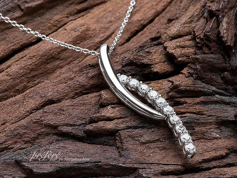 ダイヤモンドのペンダントはお誕生日の贈り物No.14768