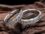 モーグリをモチーフにしたデザインの結婚指輪をオーダー