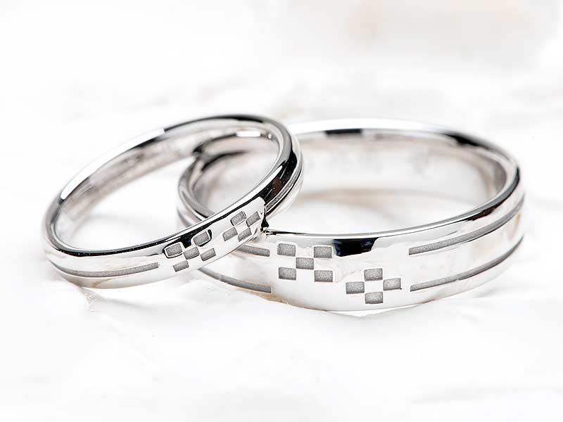 ミンサー柄をモチーフにした結婚指輪