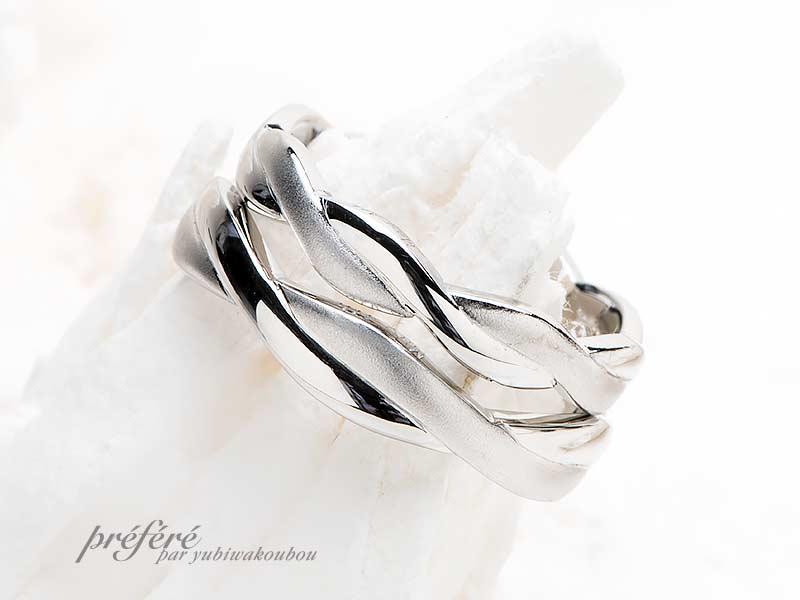 縄目デザインでお創りした結婚指輪